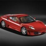 В центре Москвы Ferrari протаранил три машины