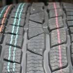 Что означают цветные точки и полоски на шинах