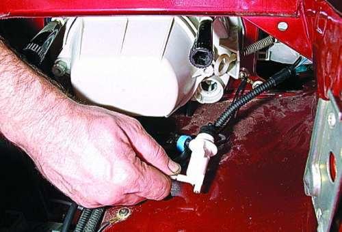 электромеханический корректор фар