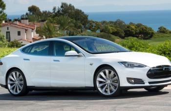 Tesla загрязняют атмосферу