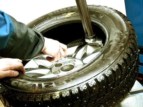 Разбортовка колеса
